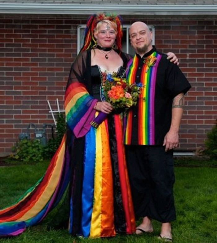 можно странные свадебные пары фото пожаловать маленький