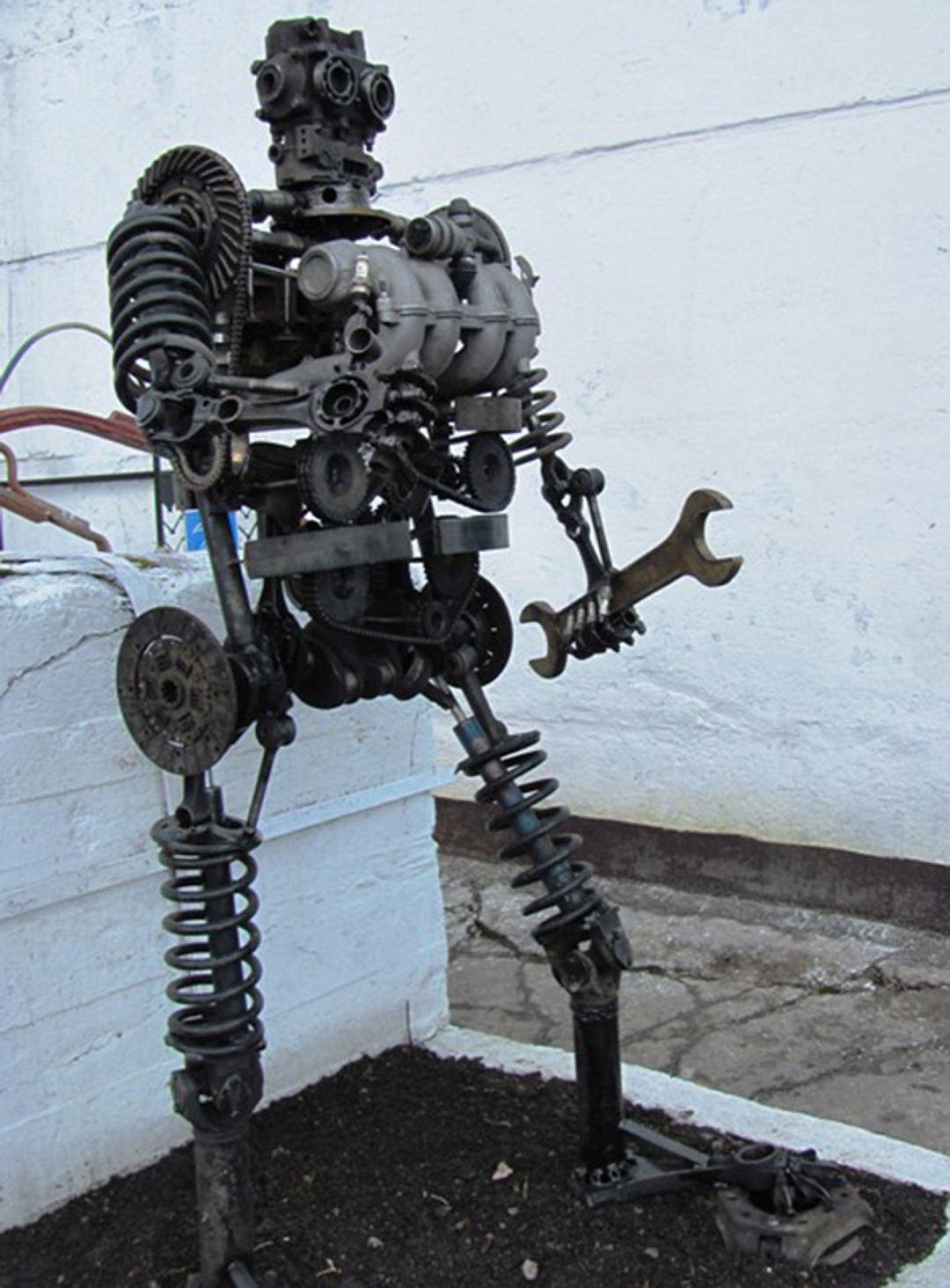 дольмены фото скелетов человека из автомобильных запчастей разработку