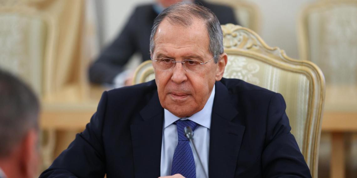 """Лавров заявил, что НАТО и США """"накачивают"""" армию Украины вооружениями"""