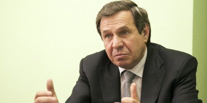 Новосибирский губернатор передумал повышать тарифы на ЖКХ после митингов