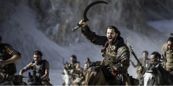 """Автор """"Игры престолов"""" объяснил, ради чего убивает своих персонажей"""
