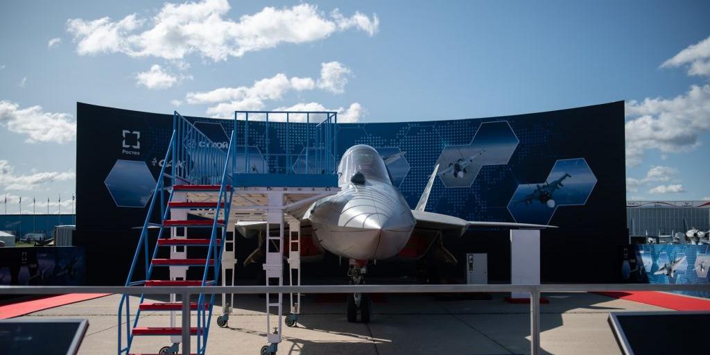 В войска поступил первый серийный Су-57