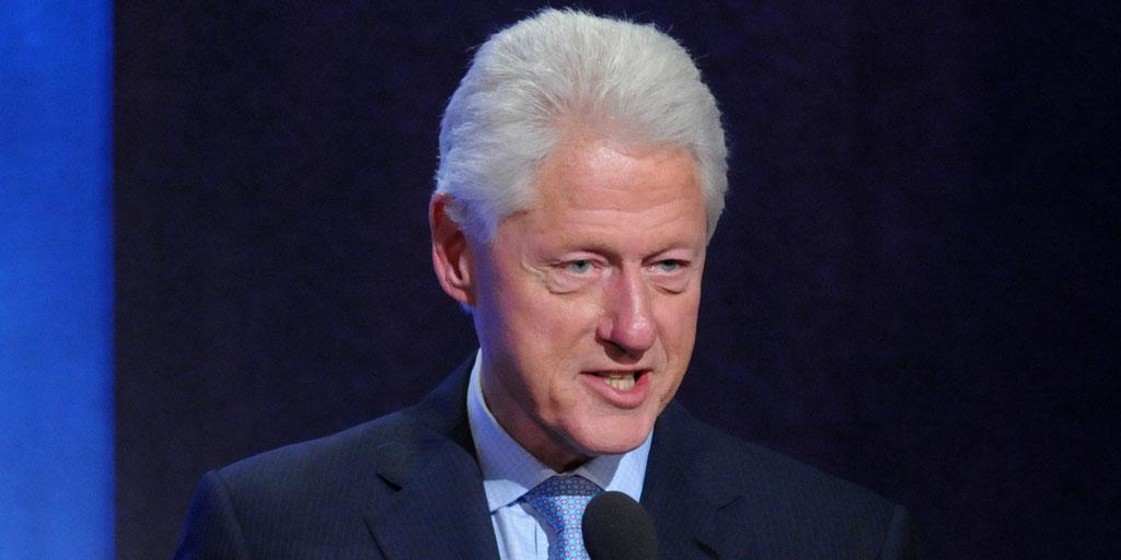 Билл Клинтон объяснил интимную связь с Левински желанием отвлечься от проблем
