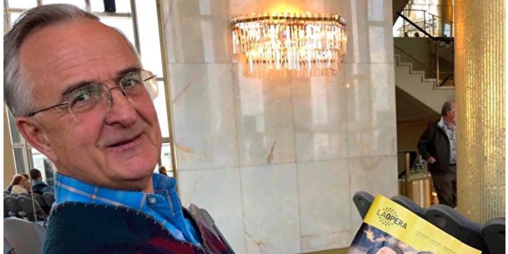 Удостоенный посмертных почестей экс-директор уральского завода объявился живым в США