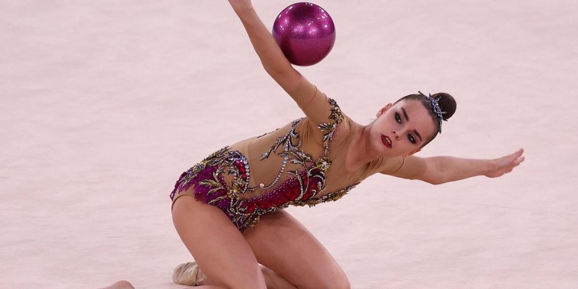 Призер Олимпиады обвинила Линой Ашрам в трусости из-за отказа посоперничать с Авериной