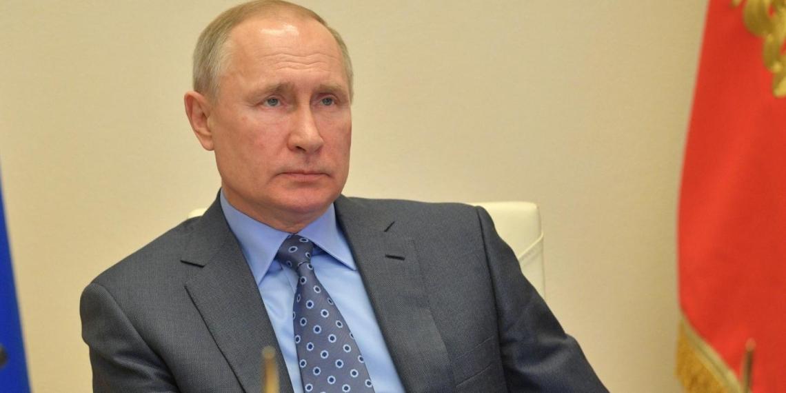 ВЦИОМ: рейтинги президента выросли после его обращения к гражданам