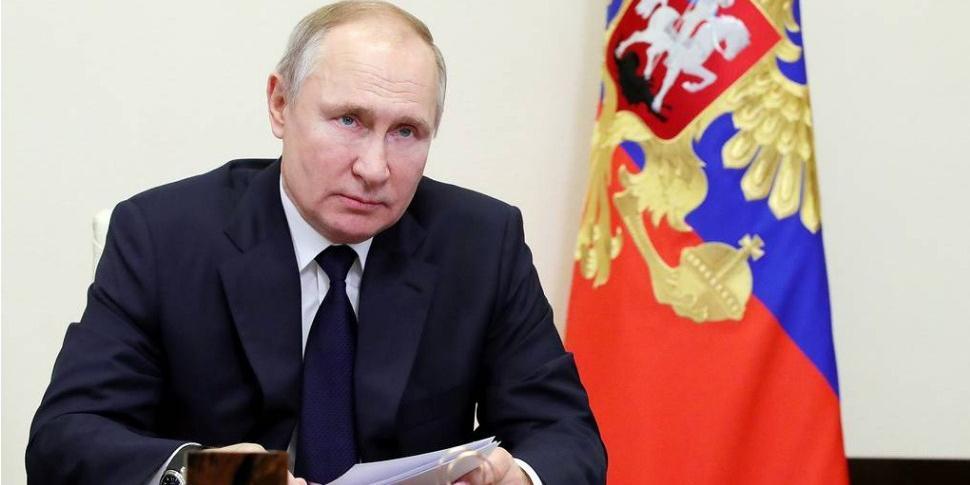 Путин заявил об участившихся попытках оболгать и извратить историю Великой Отечественной войны