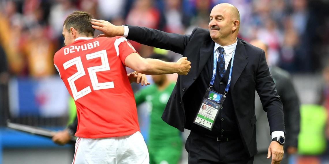 Черчесов признался, что не вызвал Соболева в сборную из-за Дзюбы
