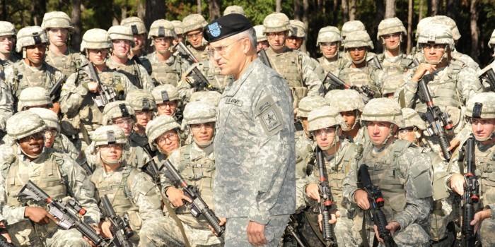 AP: растление малолетних - самое распространенное преступление в армии США