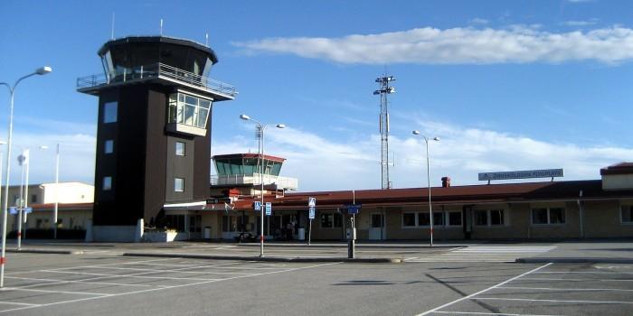 Шведский пилот топором достал нетрезвого пассажира из туалета
