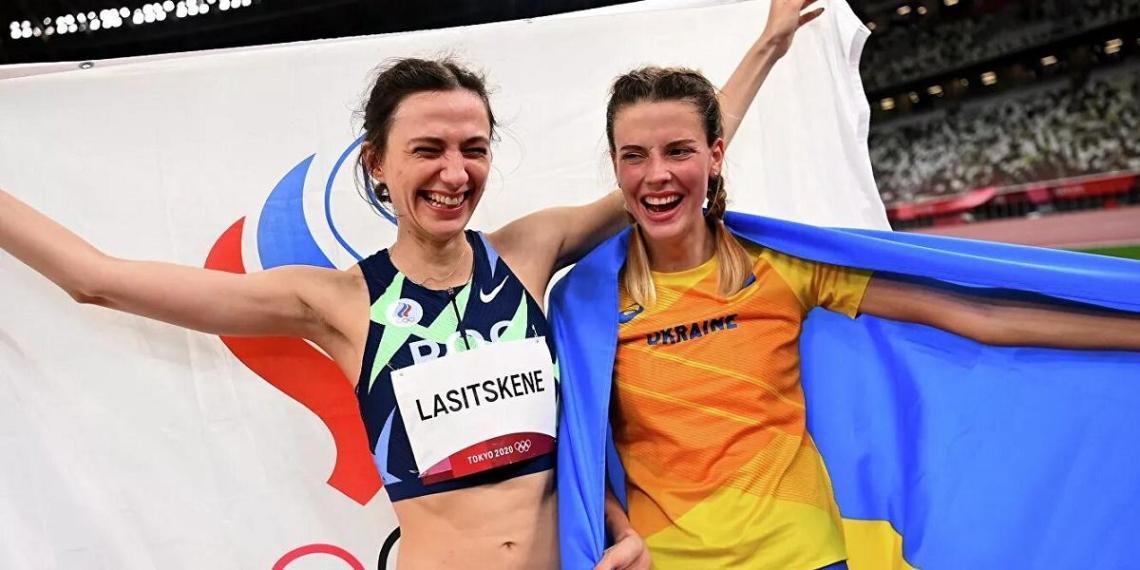 Украинскую спортсменку затравили за фото с россиянкой на Олимпиаде