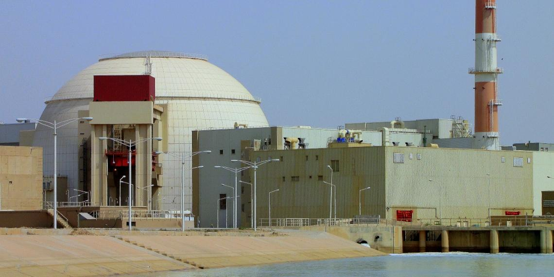 NYT: Иран через месяц накопит достаточно обогащенного урана для создания боеголовки