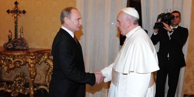Итальянские СМИ: в США недовольны тесными контактами России и Ватикана