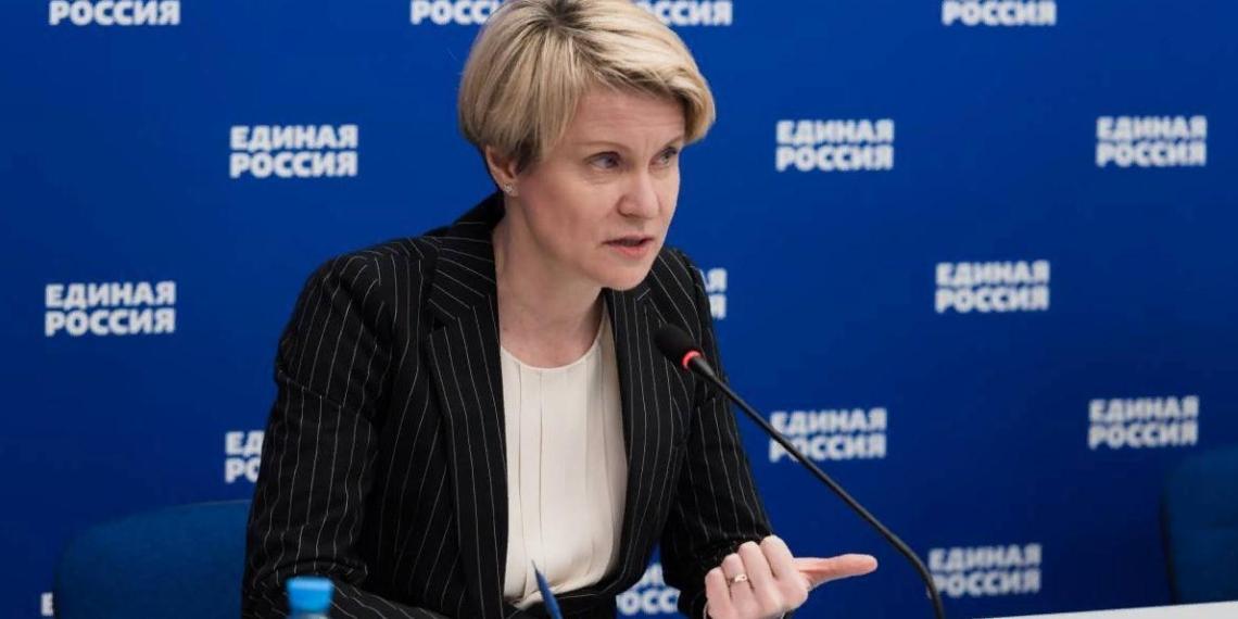 Елена Шмелева: ОНФ соберет предложения по развитию системы образования для народной программы Единой России