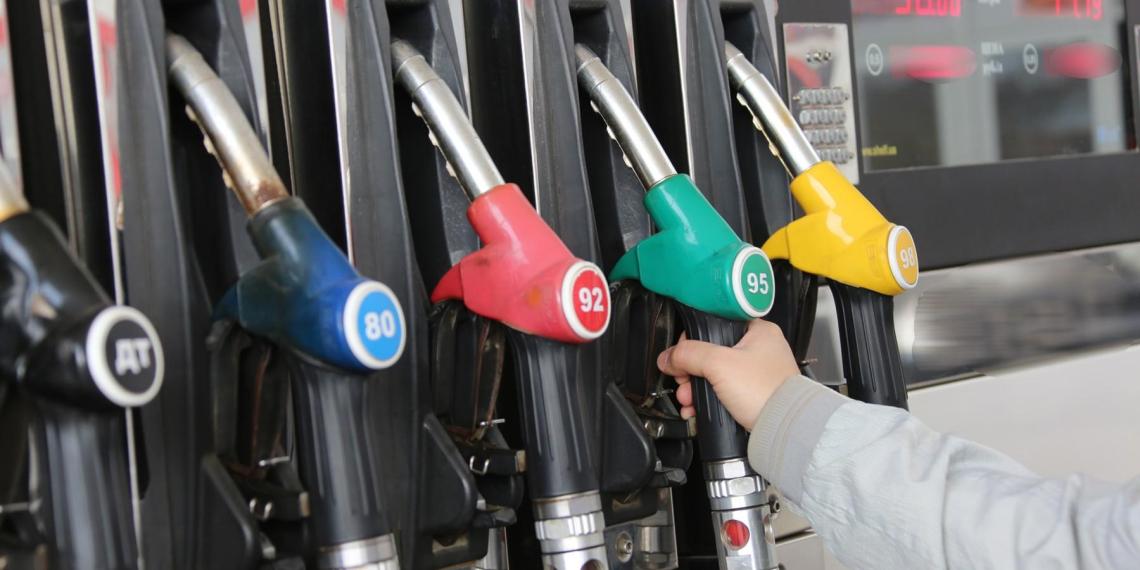 Введение штрафов за недолив топлива на АЗС решено отложить