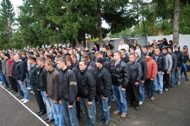 Украинских новобранцев будут обучать лишь 25 суток