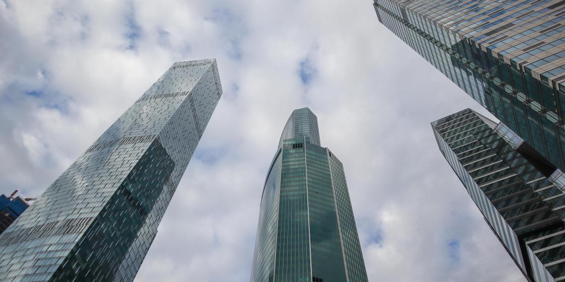Goldman Sachs озвучил сроки укрепления рубля до 61 за доллар