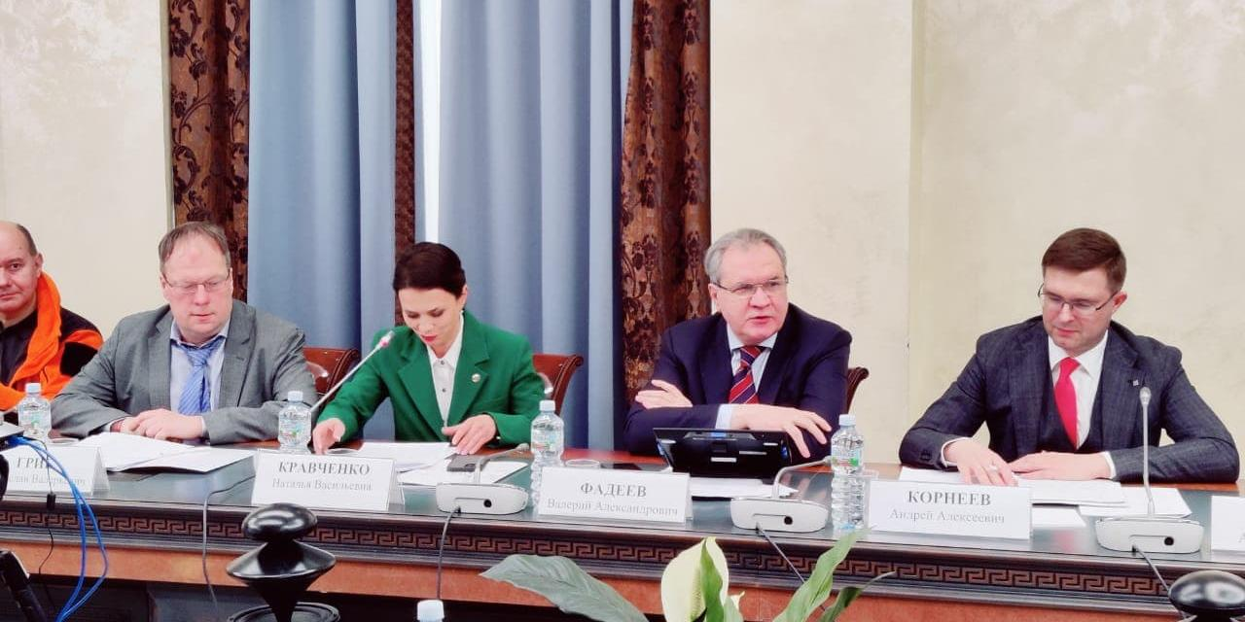 В Общественной палате обсудили закон о просветительской деятельности