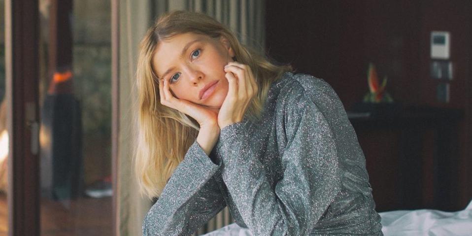 """""""Просто идеальная"""": модель Перминова похвасталась фигурой через 7 дней после четвертых родов"""