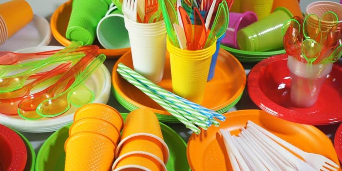 Евросоюз полностью отказался от пластиковой посуды