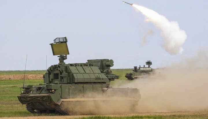 В сухопутные войска России поступили ракетные системы Тор-М2У и С-300В4