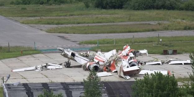 Посольство России в Польше отреагировало на требования вернуть обломки Ту-154 Качиньского