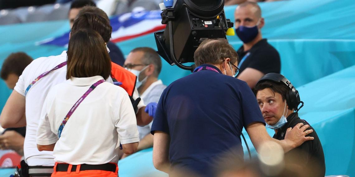 Акция Greenpeace на матче Евро закончилась травмами и извинениями