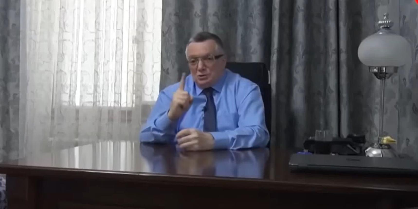 """""""Свиньи, воняет"""": экс-посол Азербайджана оскорбил русский народ"""