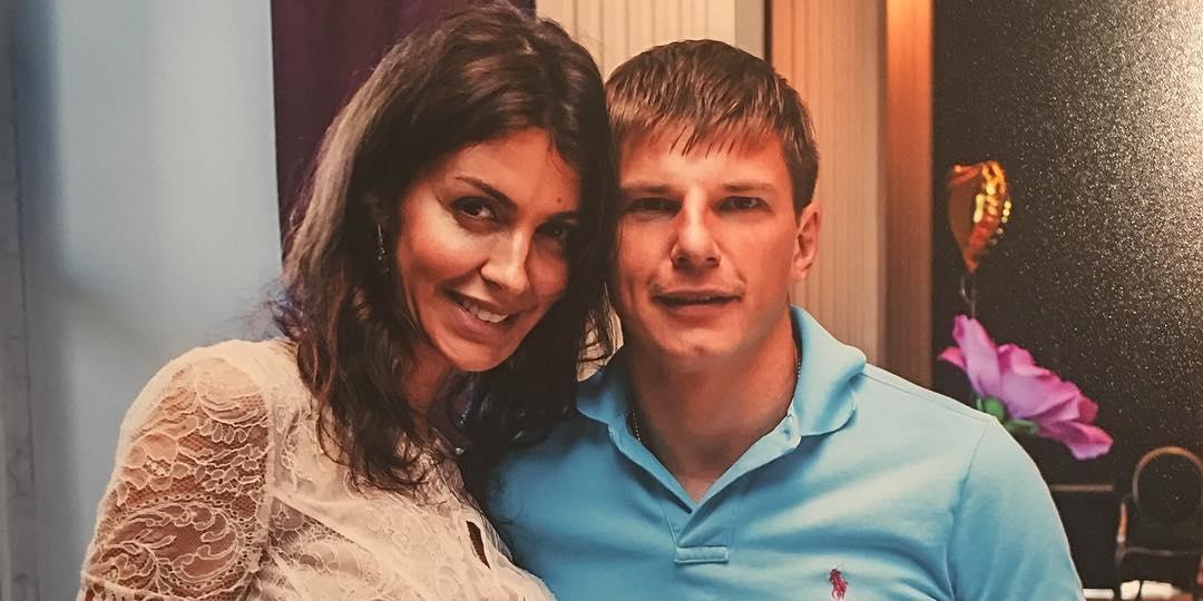 СМИ: больная экс-супруга Аршавина попала в реанимацию, проведя 4 дня в коме