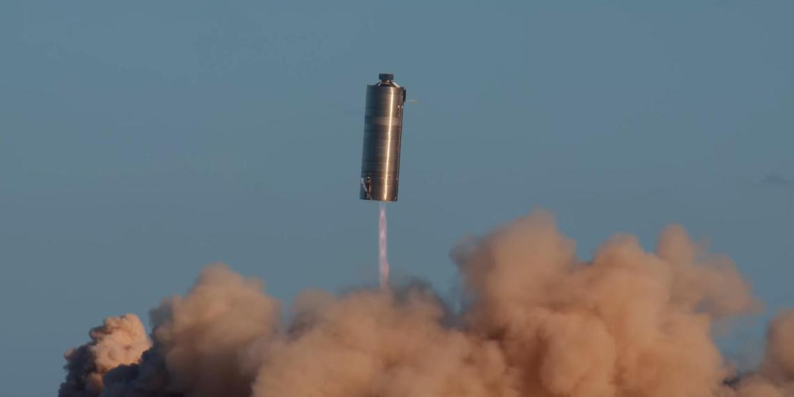 SpaceX показала испытания корабля для высадки на Луну и Марс