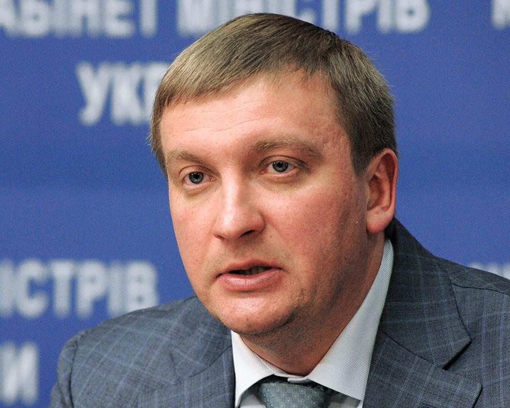 Правительство Украины проведет заседание где рассмотрит санкции против России
