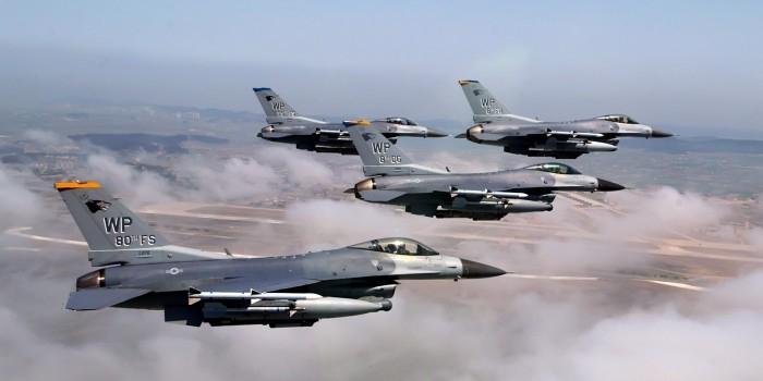 """В генштабе Турции заявили о преследовании своих самолетов истребителями """"Су"""""""