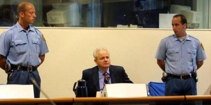Врач Милошевича заявил об умышленном отравлении политика в Гааге