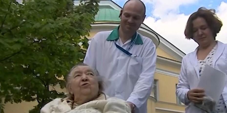 В Петербурге блокадница поборола COVID-19 после поражения 95% легких