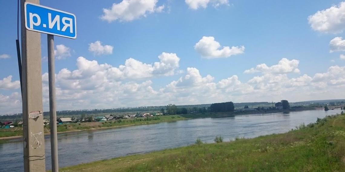 В Тулуне уровень воды в реке Ие превысил критическую отметку