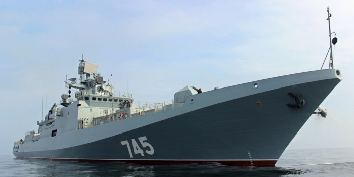 Шойгу объявил о масштабном ударе по террористам в Сирии с кораблей ВМФ