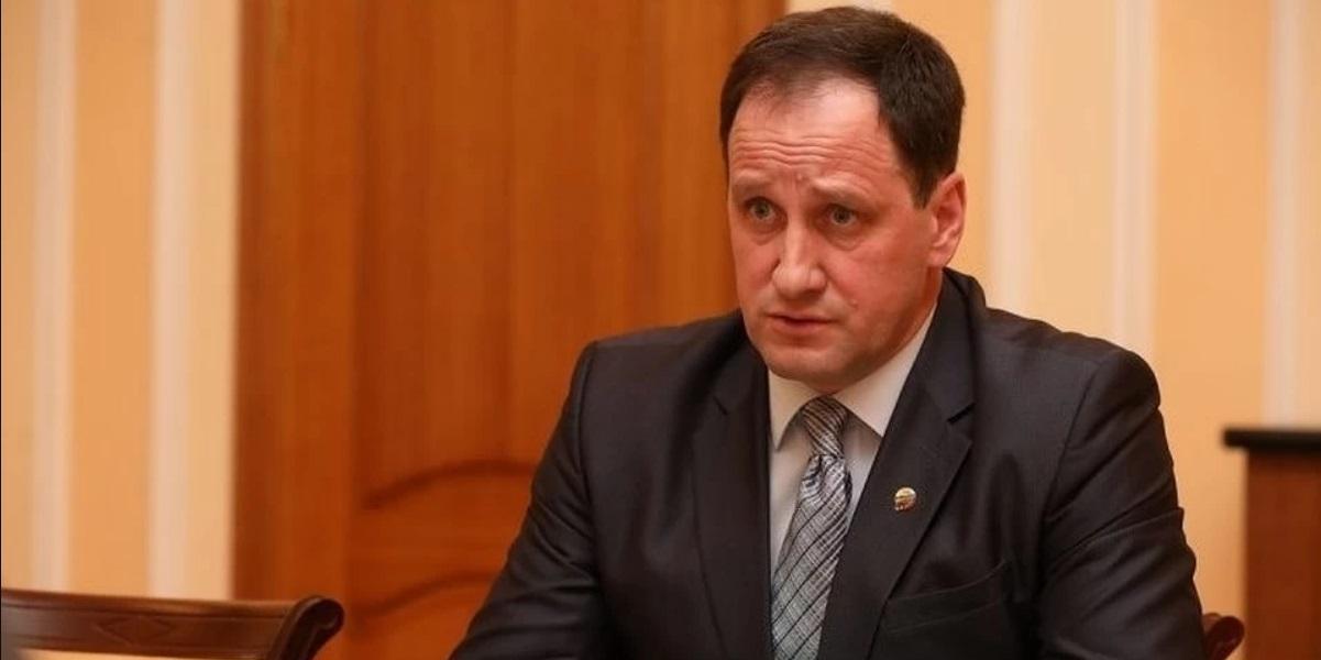 Назвавший полицейского шестеркой экс-глава района в Псковской области стал фигурантом еще одного дела