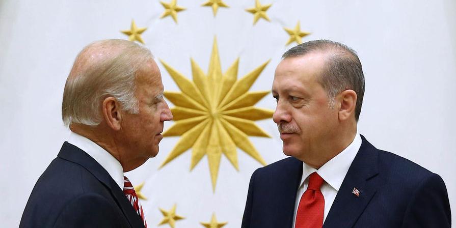 Турция собралась наладить связи с США из-за разногласий с Россией