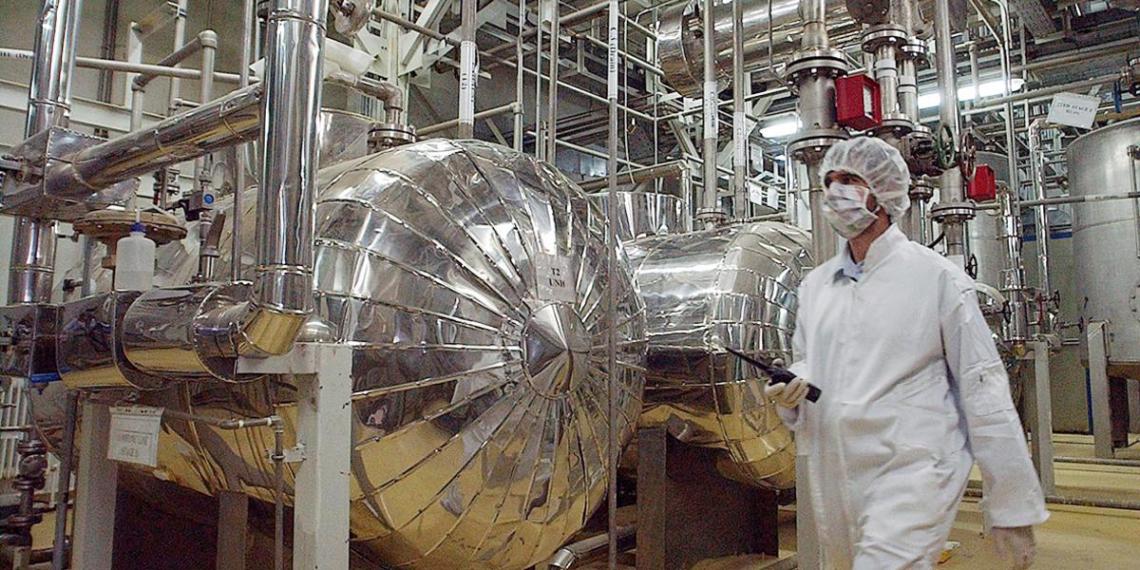 Иран довел обогащение урана до 20%