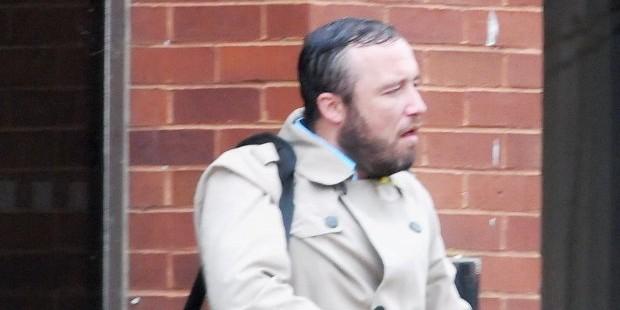 Британец отрицает, что пытался изнасиловать синий мотоцикл