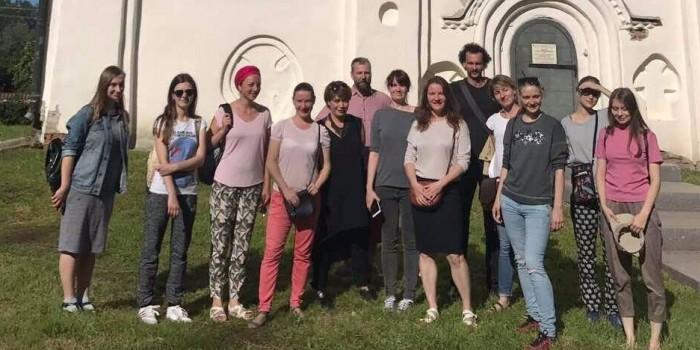 Украинские подростки снова поехали в Россию