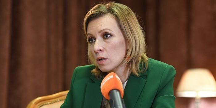 Захарова рассказала о попытке вербовки дипломата, который вез лекарство Примакову из США