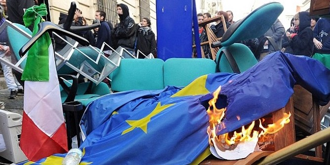 Stratfor о ситуации в ЕС: Коррупция, национализм, кризис