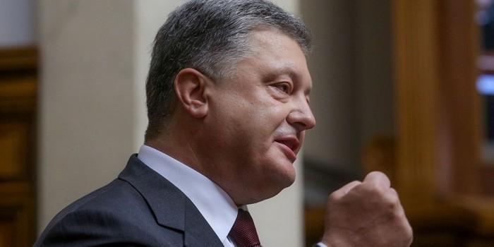 Порошенко анонсировал усиление западных санкций против России