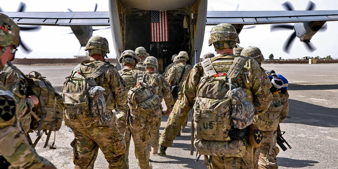 Американские войска покинули одну из крупнейших баз в Афганистане