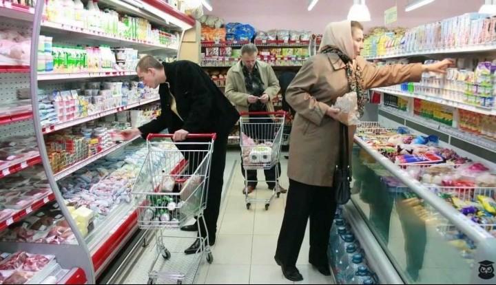 Россияне перешли на более дешевые марки продуктов