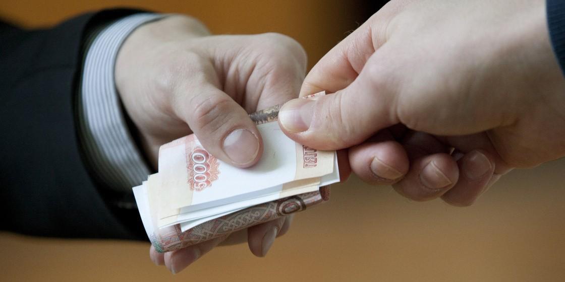 В Ростовской области начальника угрозыска поймали при получении взятки от преступника в розыске