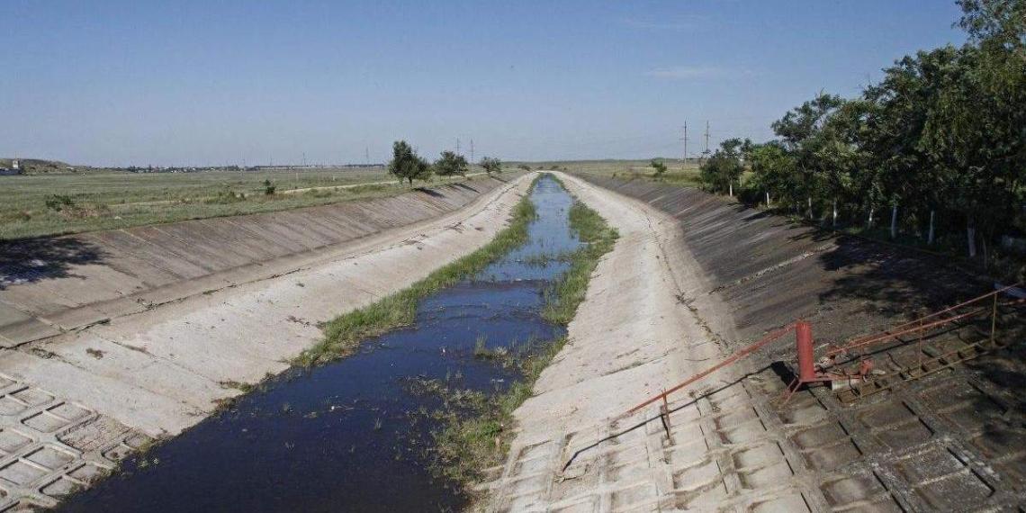 Россия начала искать пресную воду для Крыма на дне Азовского моря