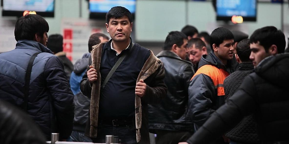 МВД будет контролировать мигрантов с помощью IT