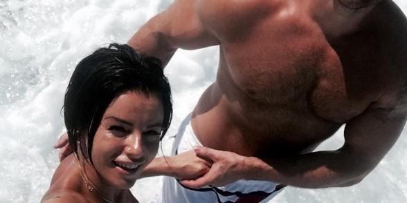 """Бывшая солистка """"Тату"""" показала на фото своего сексуального бойфренда"""